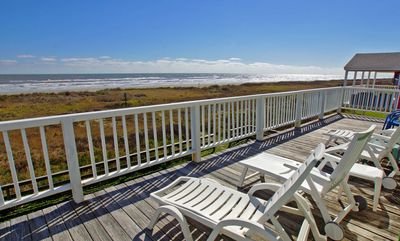 Beachfront Paradise 3/2 Sleeps 11. Beautiful views from beachfront home!