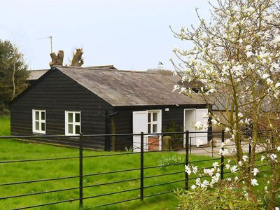 Photo for From £26 pppn. Luxury ground floor accommodation in the unspoilt heart of Wiltshire