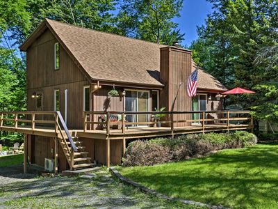Photo for NEW! Tobyhanna Cabin w/Resort Amenities + Fire Pit