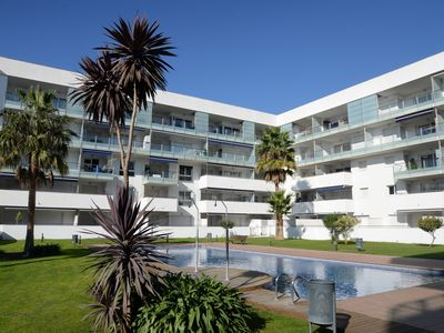 Photo for Ground floor apartment for rent, with swimming pool and underground parking