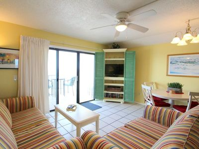 Photo for Summit 1116, 1 Bedroom, Sleeps 6, Beachfront, Wi-Fi, Pool