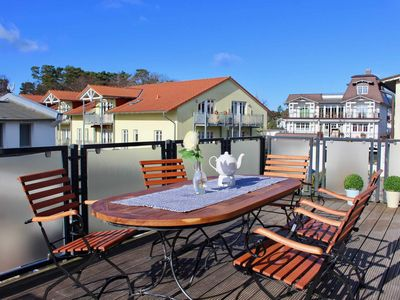 Photo for 4-room apartment - Villa Vergissmeinnicht 02 in the Baltic Sea Binz