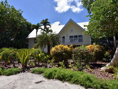 Photo for Bird of Paradise Captiva Island Village Home w/Pool, Games, Free WiFi - Near Beach