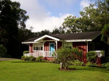 Skandia Cottage, Hawaii's 'Up-Country' Hideaway $140-190 per night