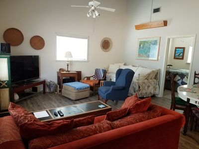 Photo for Turtle Crossing/Family Friendly/Close To Downtown Os Restaurants And Shops