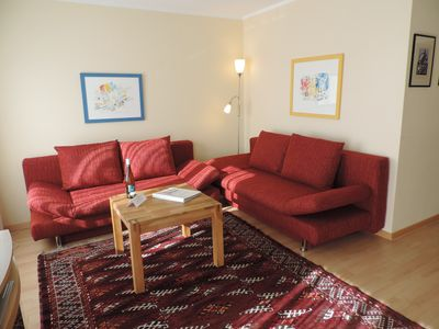 Photo for Apartment, 2 rooms, WiFi, kitchen, bathroom, balcony, 3 min to the lakeshore - private -