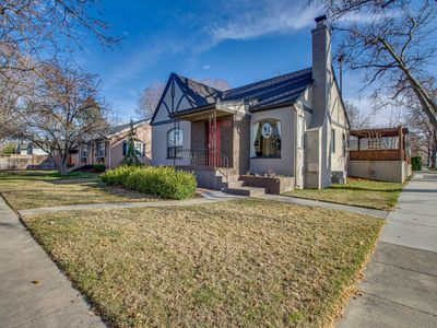 Photo for Darling home w/ private hot tub, firepit, & fenced yard - close to downtown!