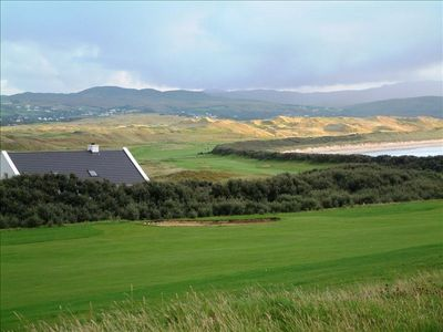 The cottage overlooks the Old Tom Morris course and the 3 mile long TraMor beach