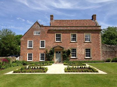 Photo for Stylish converted Stables nr Wells