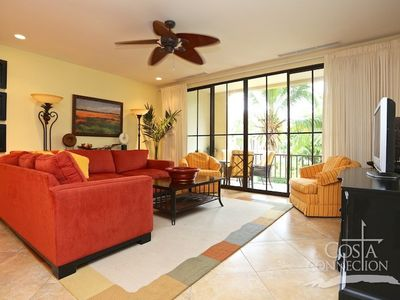 Photo for Spacious updated 1BR condo, sleeps 4, overlooking the pool in Pacifico