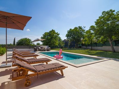 Photo for Villa Anavi with private pool and large garden for 8 persons in Istria, Croatia