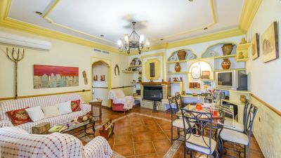 Photo for Gorgeous villa with spacious rooms for the whole family