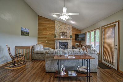 Living room with enough space for the entire family