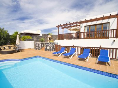 Photo for Very popular 4 bedroom villa.Private pool ,hot tub,complimentary Wifi and Aircon