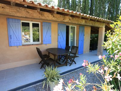 Photo for Cottage in a beautiful Provençal farmhouse nestled in a park of 4300 m²
