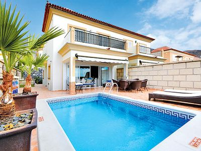 Photo for 3 bedroom villa - spacious interior, free Wi-Fi & private heated pool