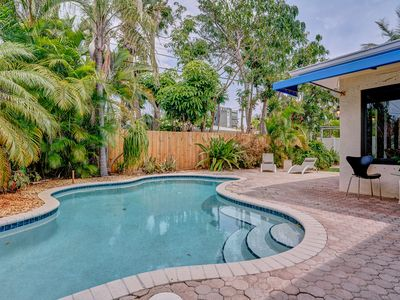 Photo for Modern 2 BR Home w/ Sleeper Sofa!  Solar Heated Pool!  Walk to Restaurants!