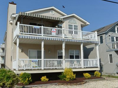 Photo for Beach Block - 4BR 2BA   - ONLY Week of Aug 24 Left !