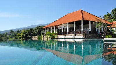 Photo for Exclusive 5 star villa with 365 ° view at sea, mountains and rice fields!