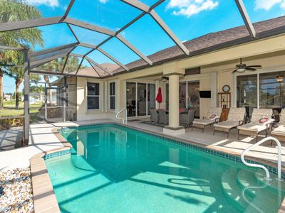 Photo for Vacation home Freshwater (CCR437) in Cape Coral - 8 persons, 3 bedrooms