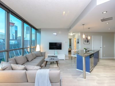 Photo for Chic and luxury on a cloud - Calgary Downtown - Pool and Gym