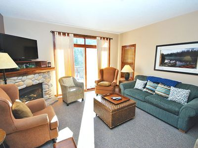 Photo for 2BR Cottage Vacation Rental in Sun Peaks, BC