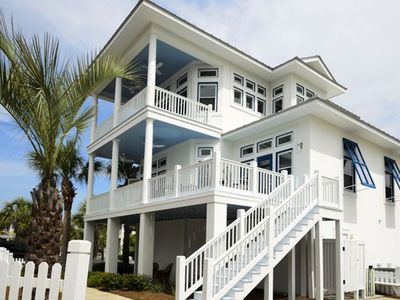'Ambition Florida' -- 3 balconies and great views!!!!