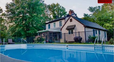 A European styled retreat on Marylands Eastern Shore with Private pool