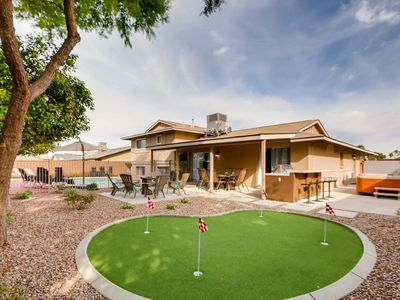Photo for PUTTING GREEN + TEE-PEE ROOM + HOT TUB + FIRE PIT