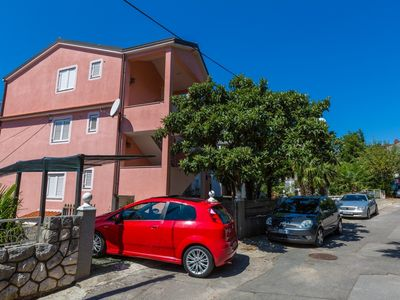 Photo for Holiday apartment with air conditioning and wifi, only 200 meters from the sandy beach