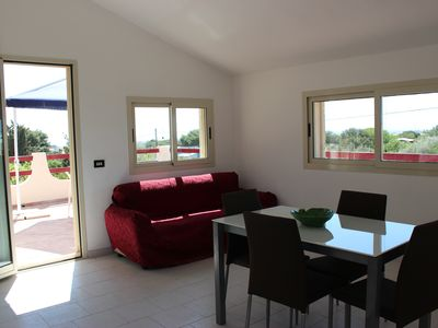 Photo for Independent apartment in a villa near the Montalbano beach