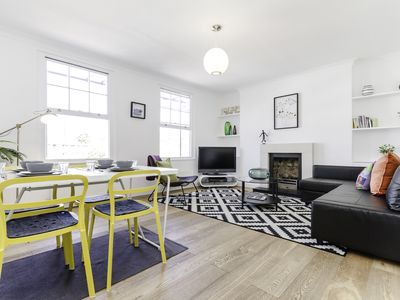 Photo for 3 Bed Duplex in Shoreditch w/ Balcony