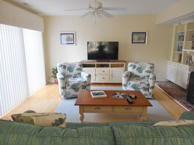 Photo for Premium 3 BR Golf & Tennis Villa - Community Pool - Walk to Beach - Summer Promo