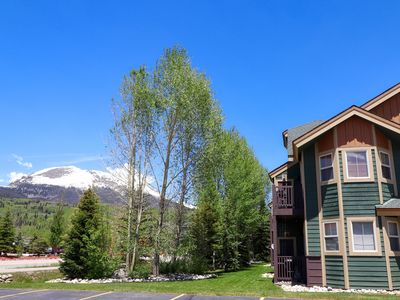 Photo for Great Location, Hot Tub, Nice Views. Private Balcony. Grill. Path to Lake.
