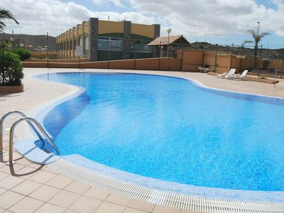Photo for Brisa apartment with communal pool, 6 Pax, satellite TV.