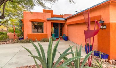 Photo for BEAUTIFUL AND COMFY! Mountain View/Pool/Cafe Near Saguaro National Park