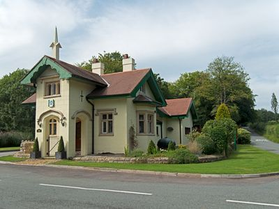Photo for 6BR Country House / Chateau Vacation Rental in Mid-Glamorgan, Wales