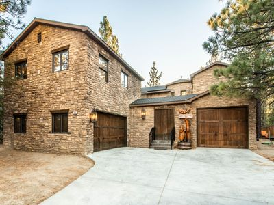 **BIG BEAR CASTLE**   ICONIC LUXURY ESTATE! MINUTES FROM SLOPES! SPA! POOL TABLE
