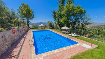 Photo for Cosy holiday home for 6 people with WiFi access in Granada province