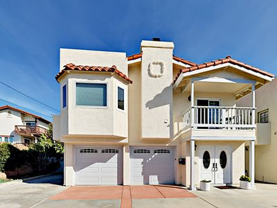 Enjoyable and Luxurious Carlsbad Village Beach Home - 1/2 Block to Beach