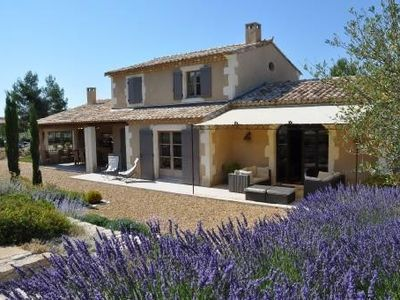 Photo for Authentic Provencal villa, heated pool, exceptional garden, alpilles view