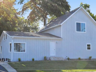 The Stay-Cabin.  5 Bed, 3 Bath Fully updated in the Heart of Okoboji/AP