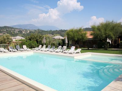 Photo for Apartment Le Rasole (GAA210) in Garda - 4 persons, 1 bedrooms