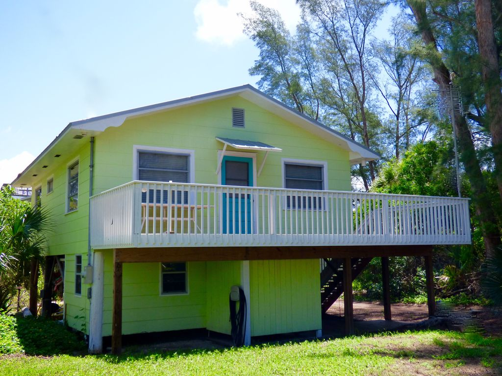 Flip Flop Bungalow: Kayaks, Close to Beach, Pet Friendly, Golf Cart Kayak Loading Golf Cart on marine kayak, jet ski kayak, subaru kayak, eagle kayak,