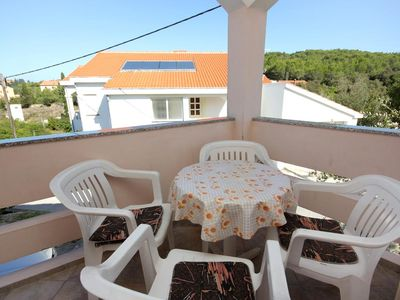 Photo for Two bedroom apartment with terrace and sea view Lukoran, Ugljan (A-836-a)