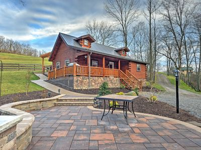 Photo for Rustic Dundee Cabin w/ Hot Tub & Forest Views!