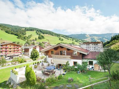 Photo for Well maintained apartment in Saalbach, only 100 meters from the runway