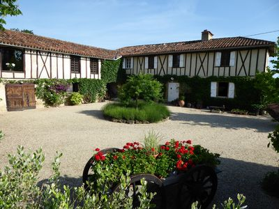 Photo for Charmingly restored farmhouse gite with pool
