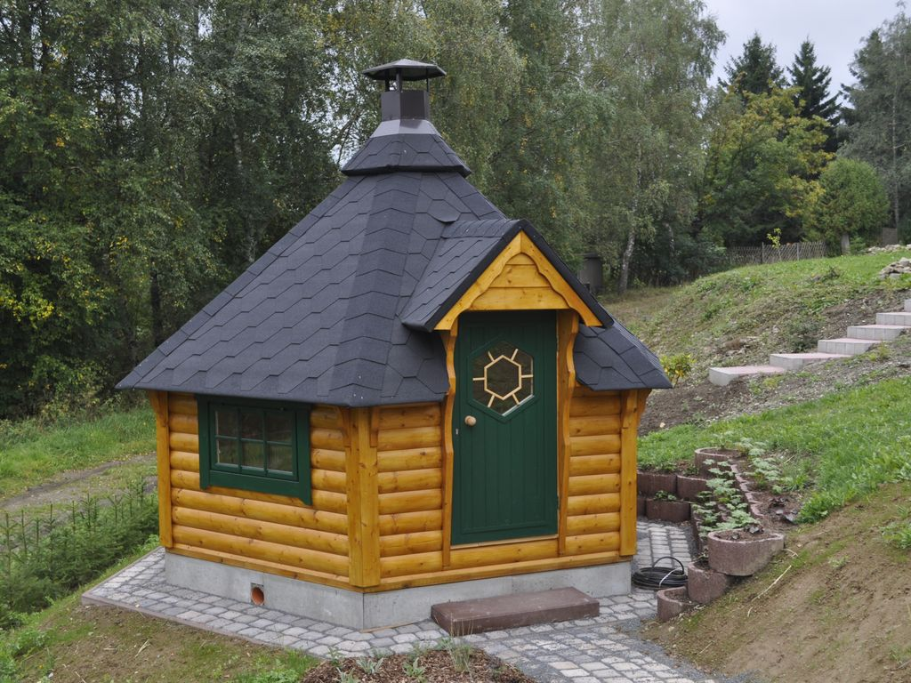log cabin in the norwegian style on the southern slope germany. Black Bedroom Furniture Sets. Home Design Ideas