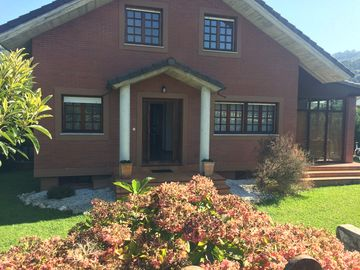 Search 122 holiday rentals